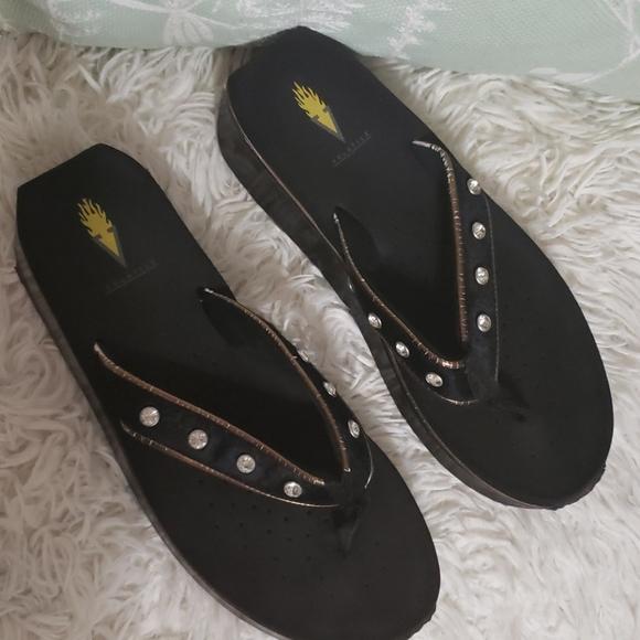 Volatile faux fur rhinestone sandals